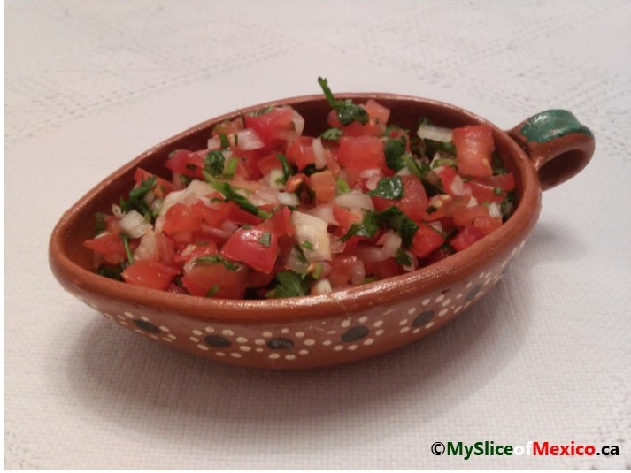 pico de gallo Salsa mexicana photo