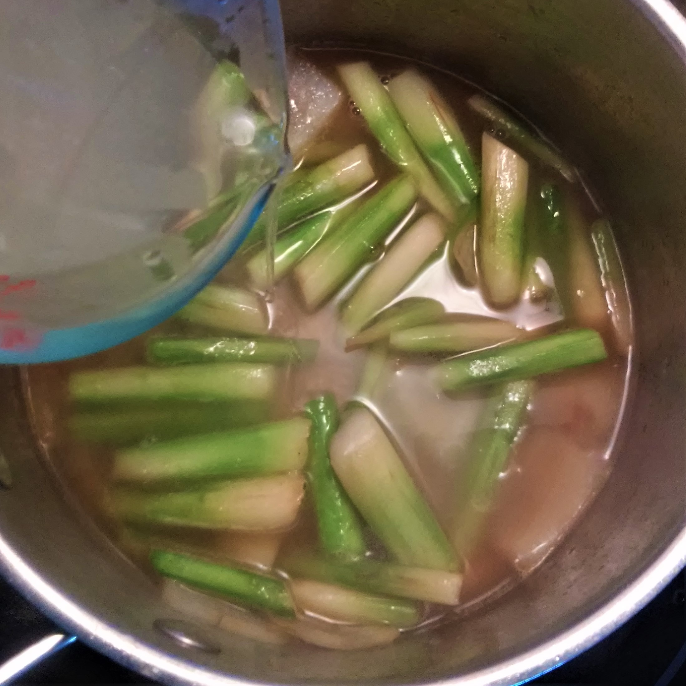 broth to veggies