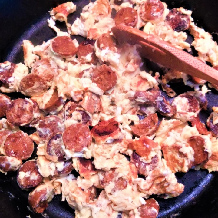 scrambled eggs with chorizo