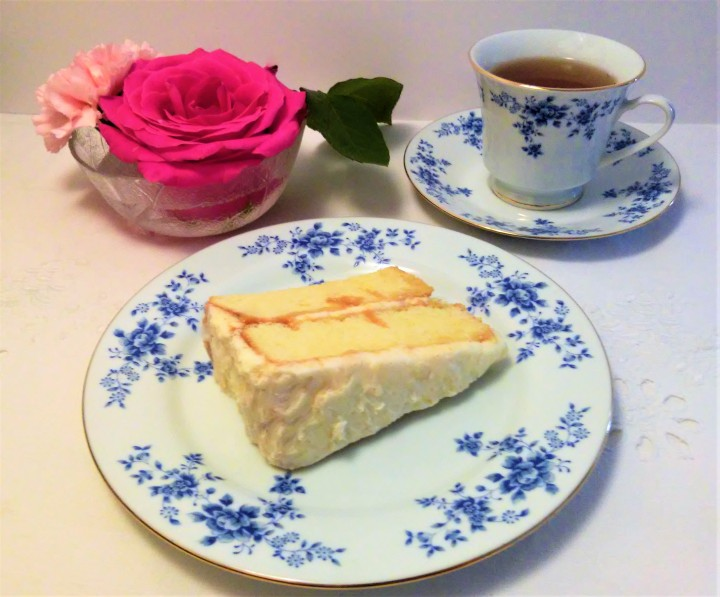 tres leches cake and tea