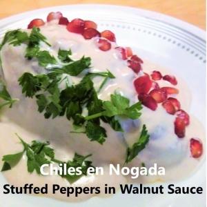 chiles en nogada square