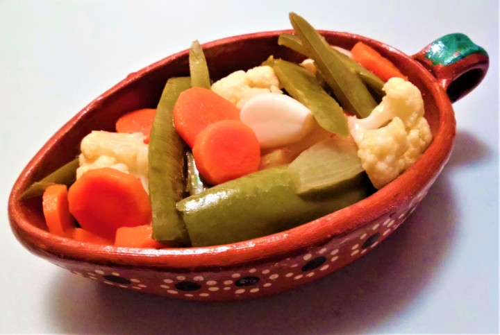 Jalapeños en Escabeche – Preserving the Harvest