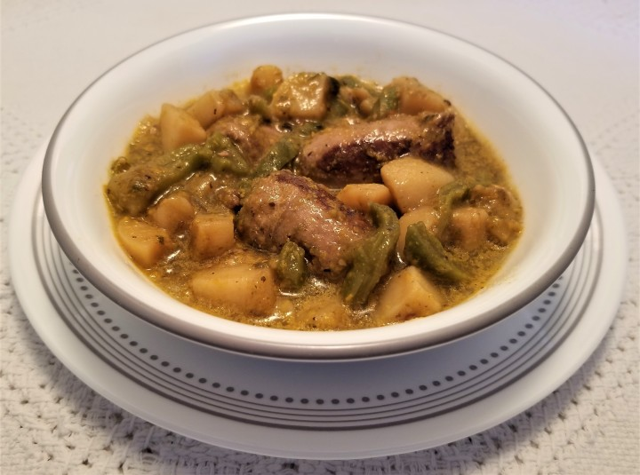 Mexican Sausage in Green Sauce with Paddle Cacti