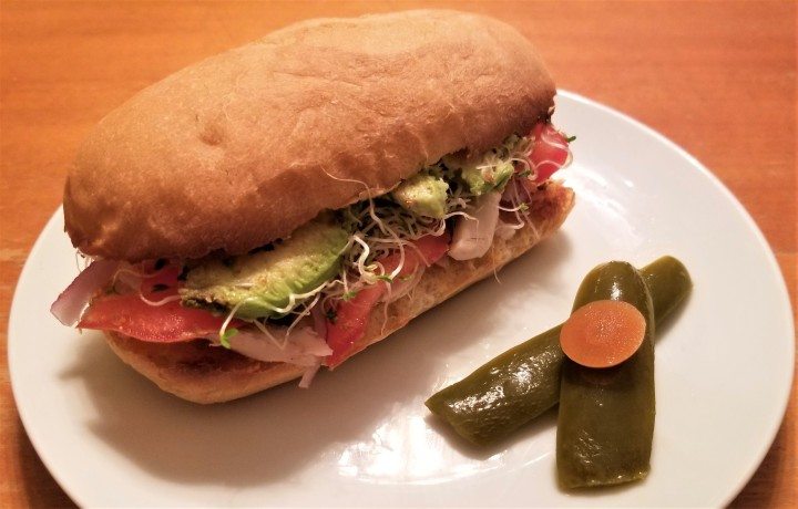 017 Torta with alfalfa sprouts during lettuce recall