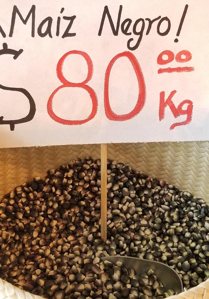 Heirloom black corn Molino El Pujol