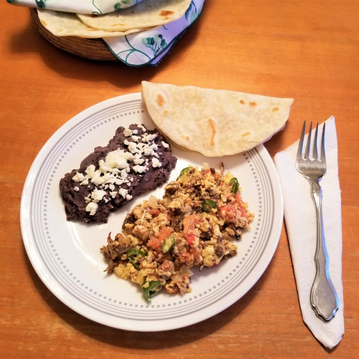 010 Machaca con huevo refried beans and wheat flour tortillas.jpg