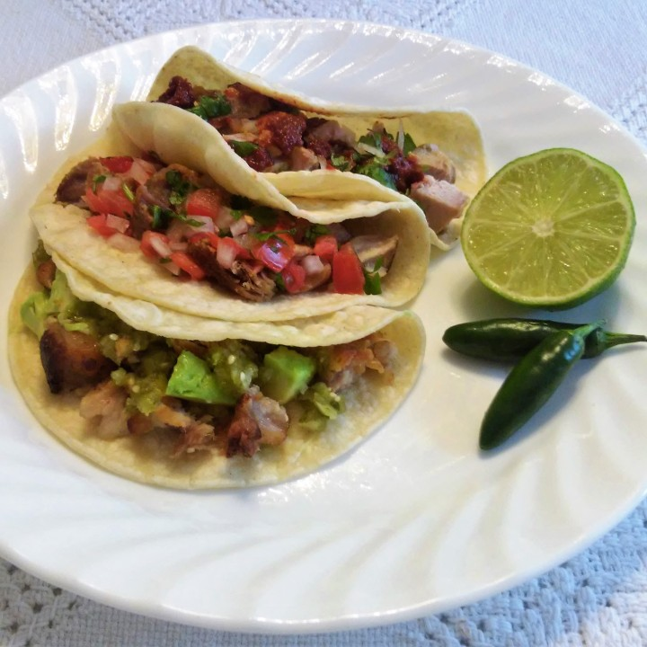 tacos de carnitas plate superbowl