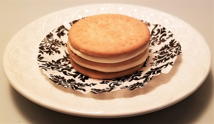 A Sweet Evening – Lime Cheesecake Sandwiches
