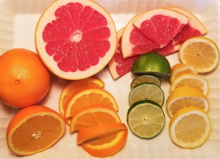 001 Sliced fruit