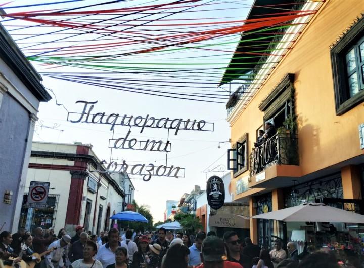 007 busy street Tlaquepaque