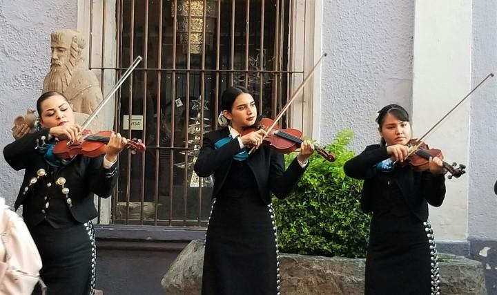 009 mariachi band 3.jpg