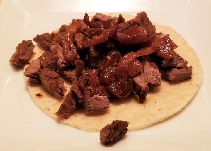 Steak taco - taco de asada