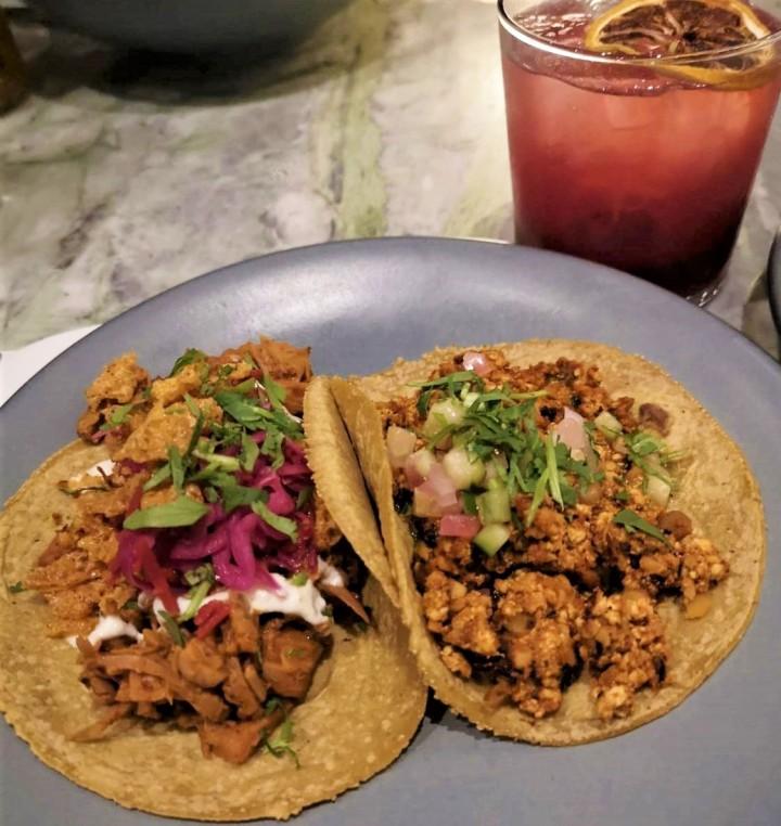 000 tacos with sangria Rosalinda