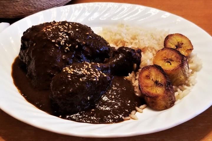 Oaxaca Style Black Sauce – Mole negro estiloOaxaca