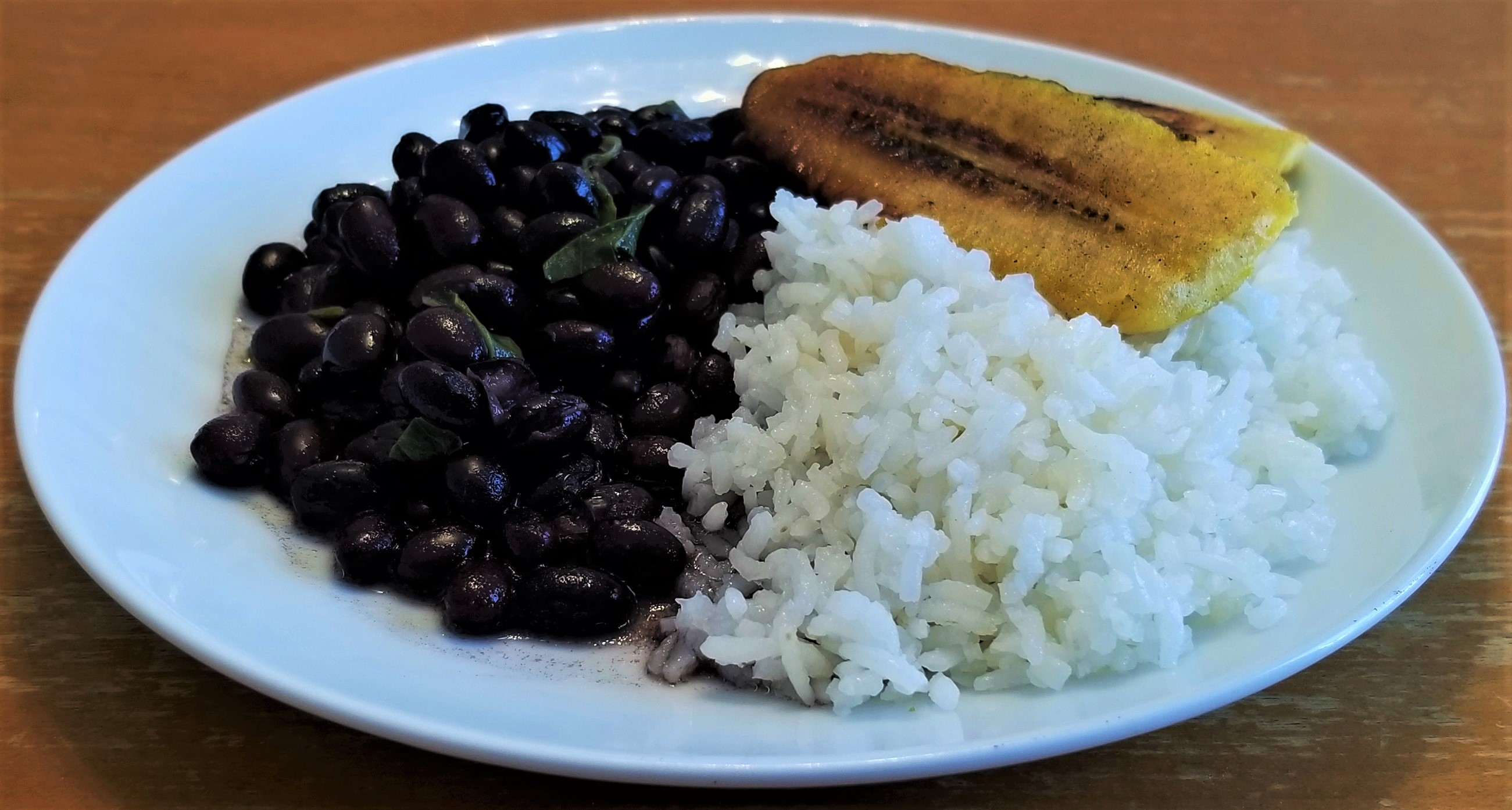 000 Beans rice and plantain
